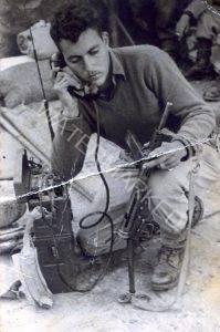 הניו עם סטן ומכשיר קשר מ.ק. 20 במערכה לכיבוש כפר סבא הערבית ב 13.5.1948.